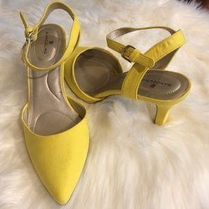Bandolio, Never Worn Sandals/Shoes